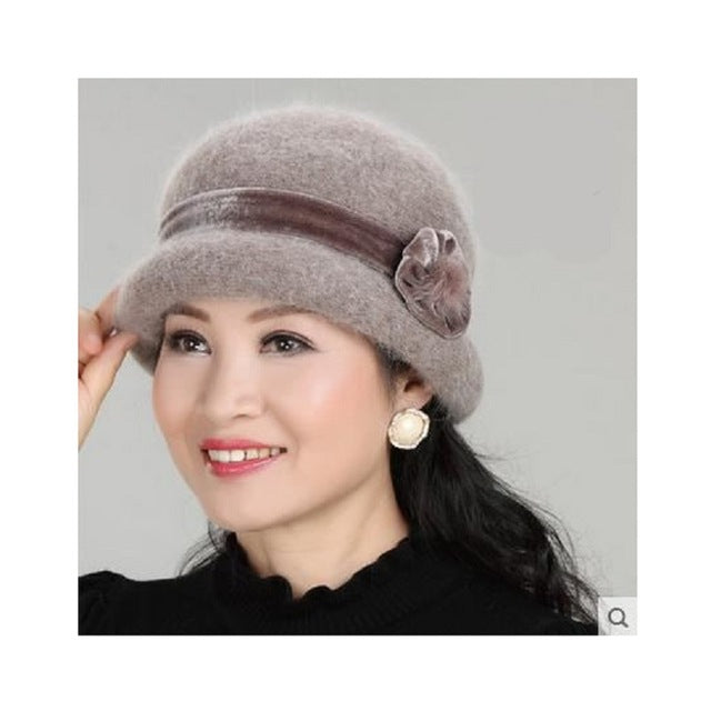 ... New Fashion Women Winter Hat Sets Floral Skullies Wool Mixed Rabbit Fur  Warm Outdoor Knitted Beanies ... 8825a9313b2