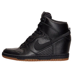 Nike Women's Dunk Sky High Essential