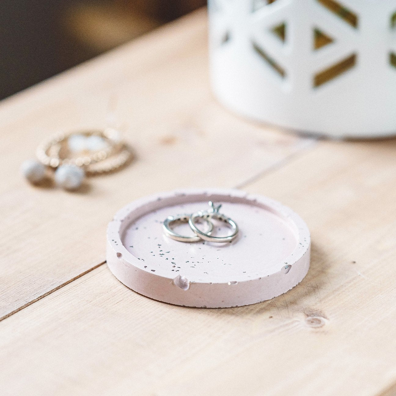 Pink with Silver Glitter Concrete Circle Tray