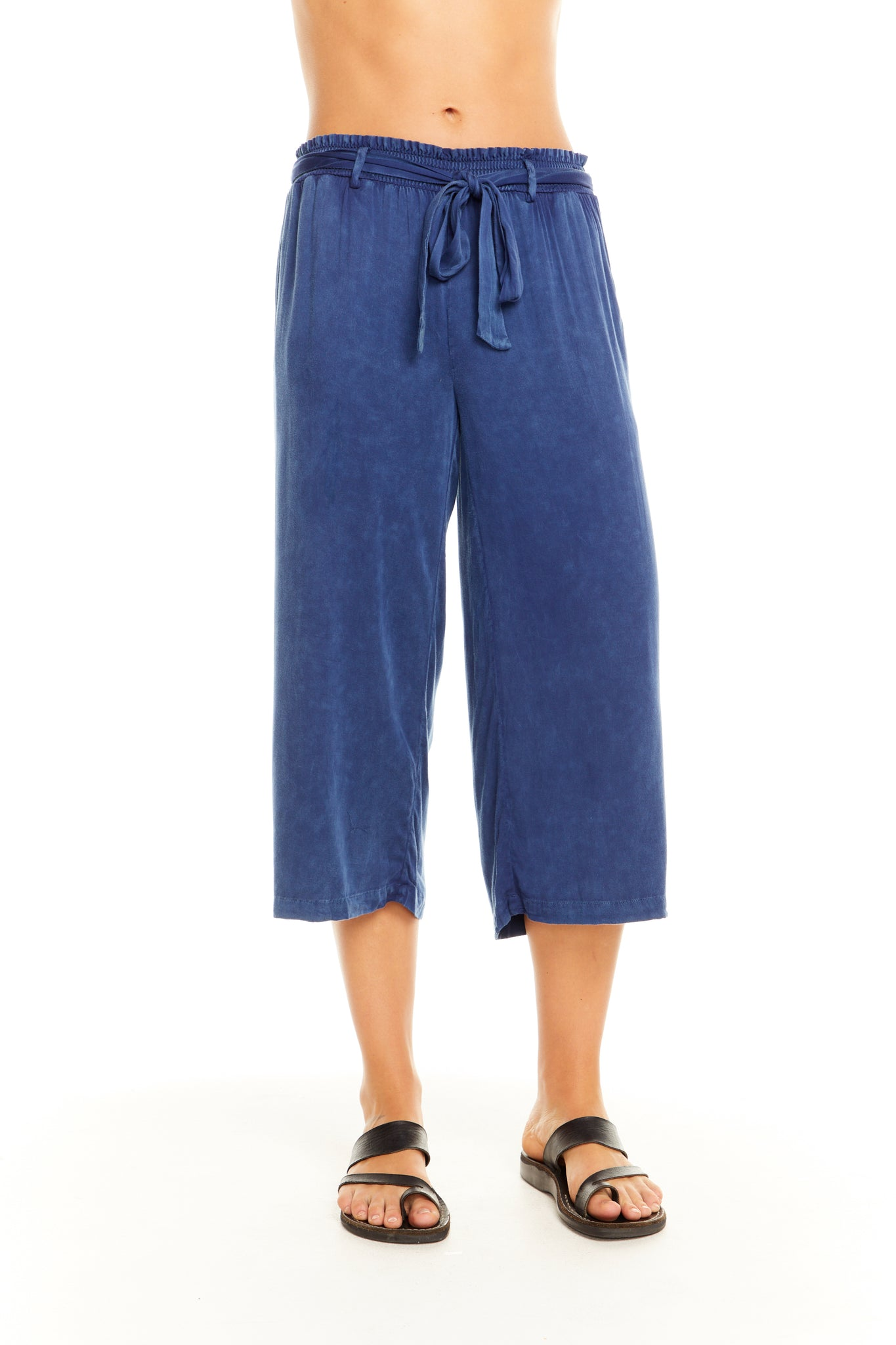 Chaser Heirloom Woven Cropped Pant