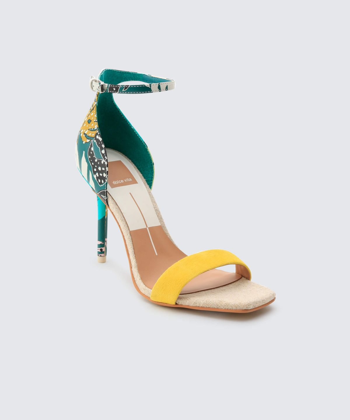 Dolce Vita Halo Green Palm Pump