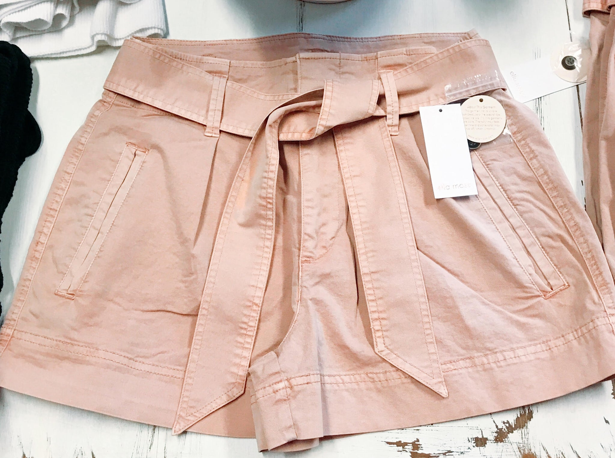 Ella Moss Paperbag Shorts- Dusty Pink