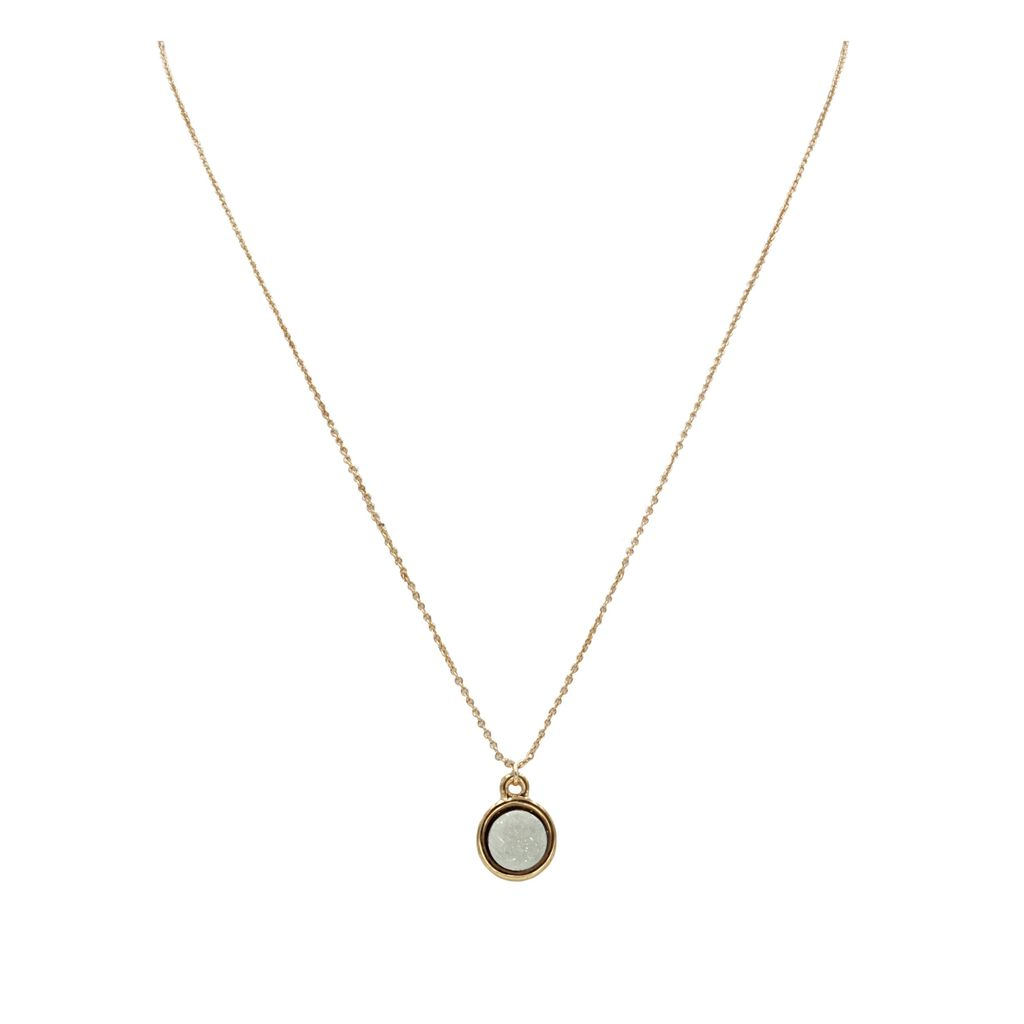 Kinsley Armelle Pearl Necklace
