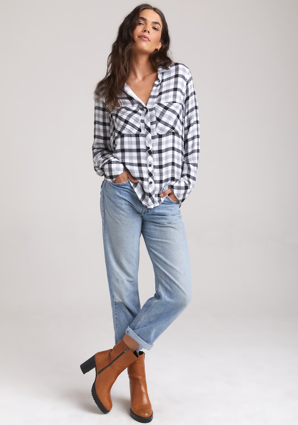 Bella Dahl Two Pocket Button Down