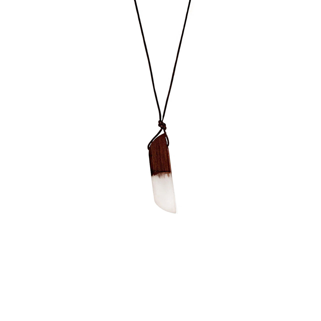 Faye Pendant Necklace