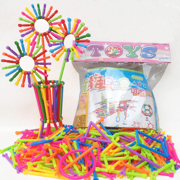 Children's Montessori Plastic Building Sticks - DIY Learn Colors and Use Imagination to Create Shapes and Structures (256 pcs)