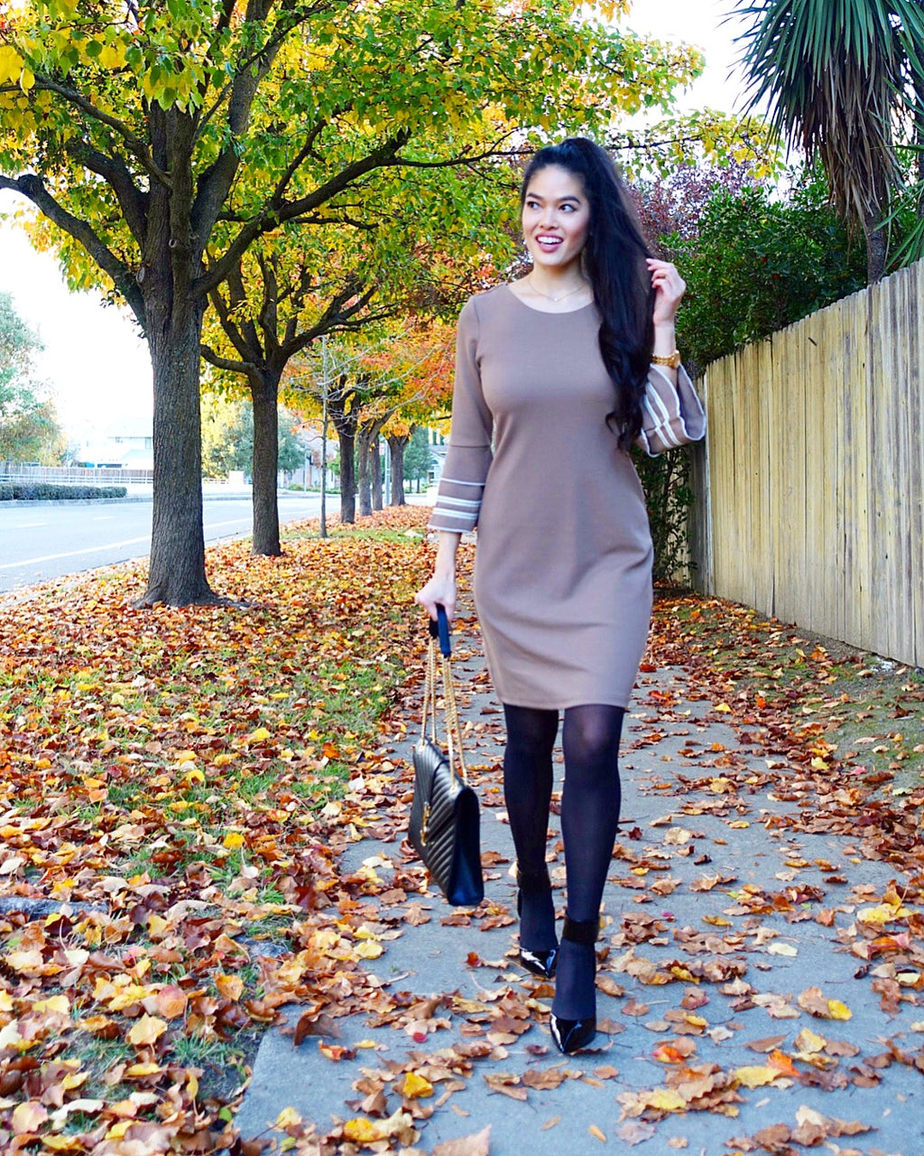 Retro Round Neck Sweater Dress with Trumpet Sleeves