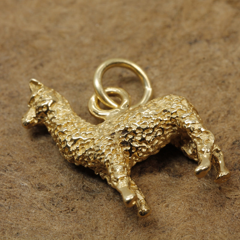 Huacaya Alpaca Charm made in solid 14kt Yellow Gold for Alpaca Lover