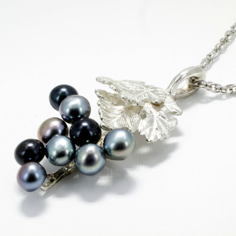 black pearl grape necklace