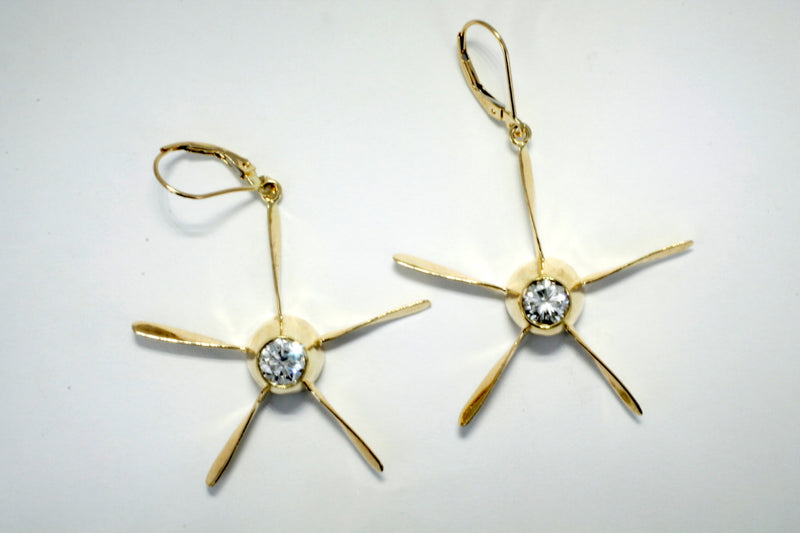 14kt gold propeller earrings