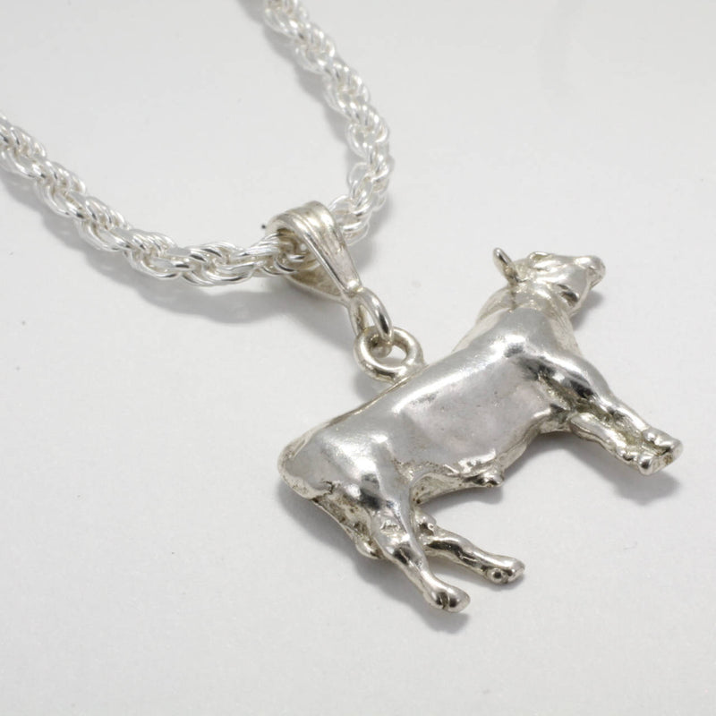 Mans Champion Angus Bull Necklace
