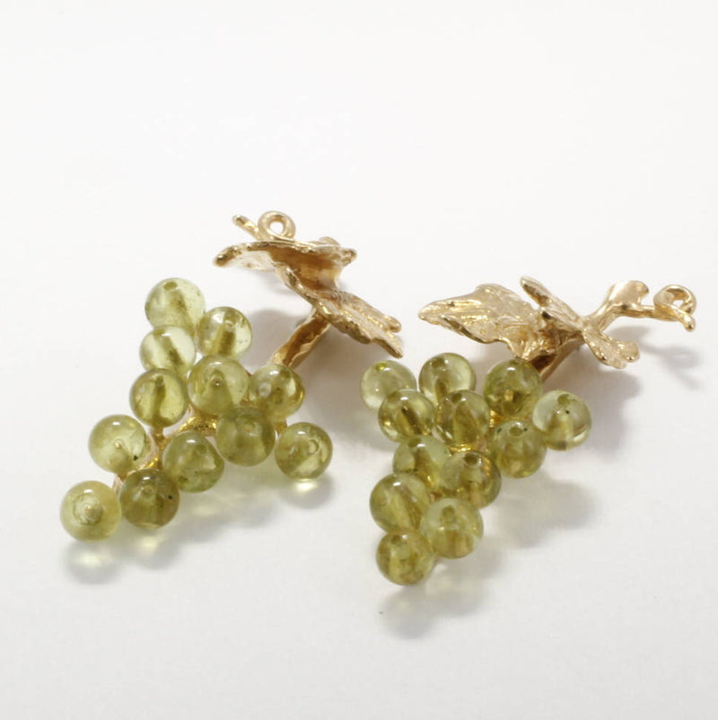 Small two leaf 14kt. Gold Peridot Gemstones Grape Cluster Earrings