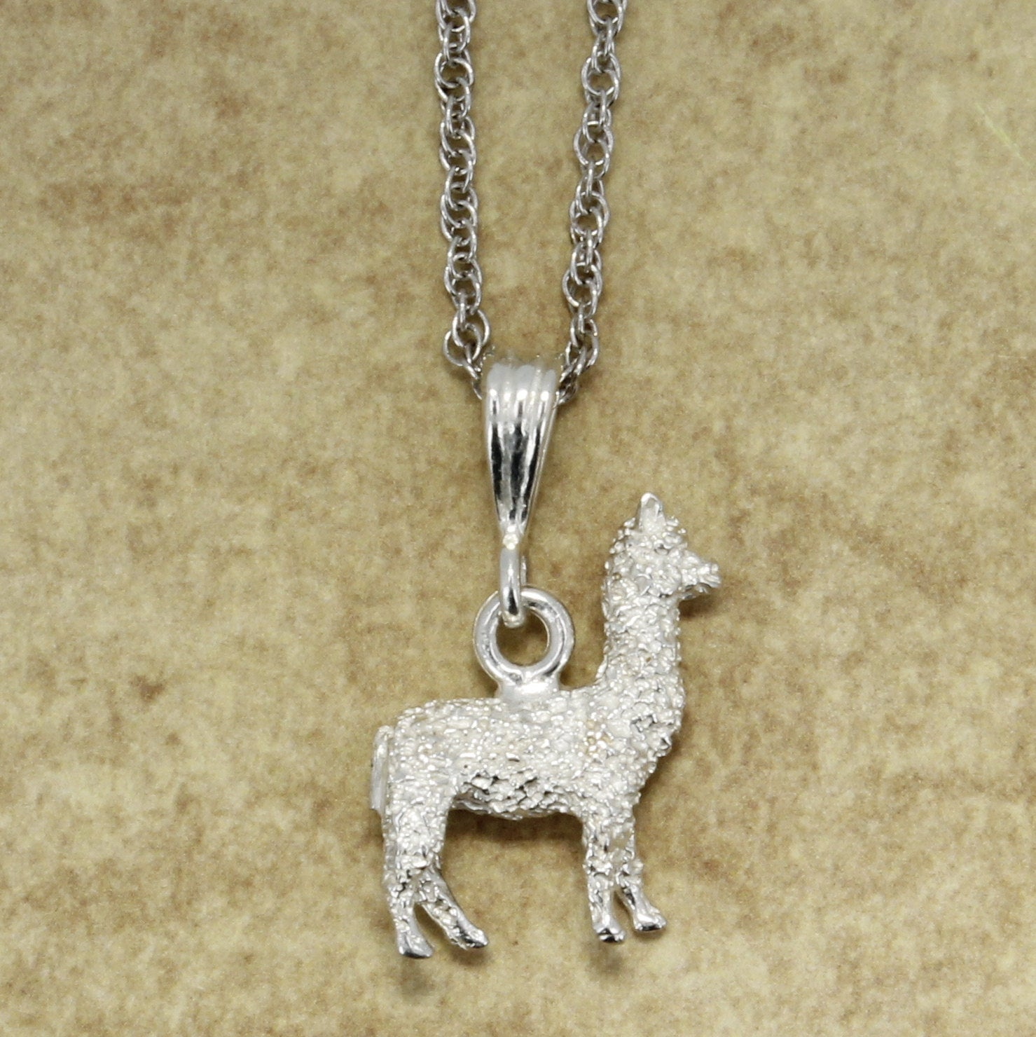 925 Sterling Silver Huacaya Alpaca Necklace