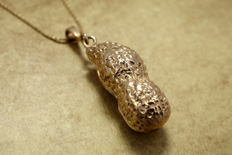 14kt Gold Full shell Peanut Necklace