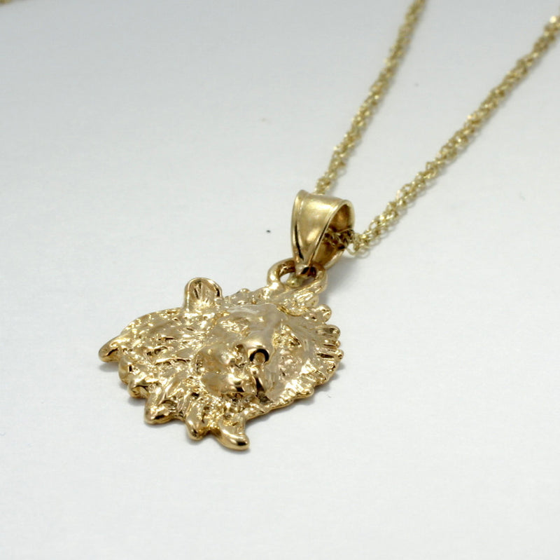 "14kt Gold Lion Head Pendant on 18"" Chain, Facing Right"