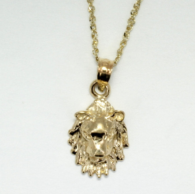 Lion Jewelry Necklace in 14kt gold with Lion Head Facing Forward