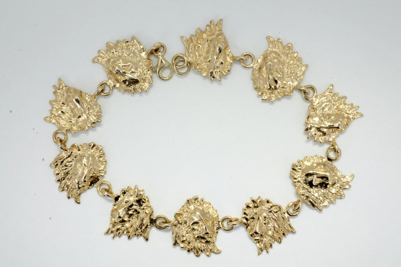 Lion Bracelet made in 14kt Yellow Gold Lion Heads
