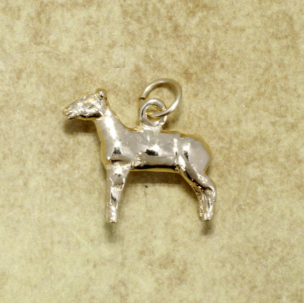 14kt Yellow Gold Show Lamb Charm