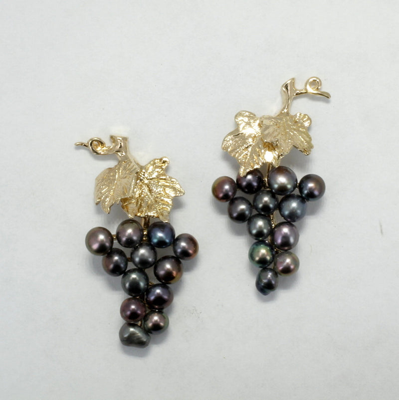 Small two Leaf 14kt. gold Grape Cluster Earrings with Black Pearls