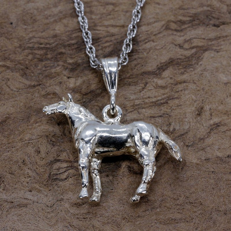 Horse Necklace with 3-d Quarter Horse made in 925 sterling silver