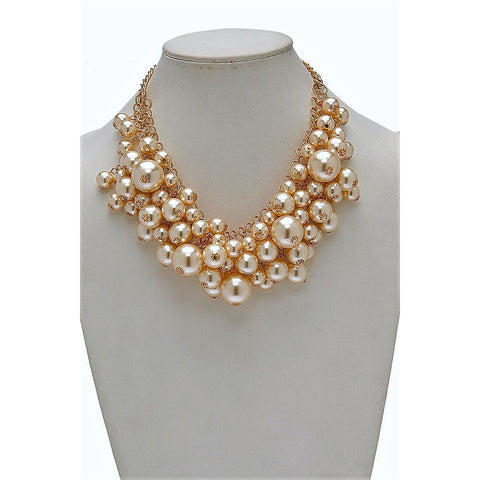 CLUSTER GOLD & PEARL NECKLACE