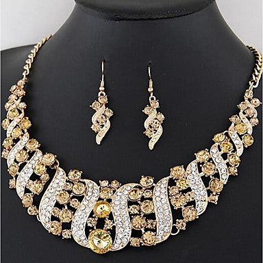 Rhinestone Champagne Collar Necklace w/matching Tear drop earrings