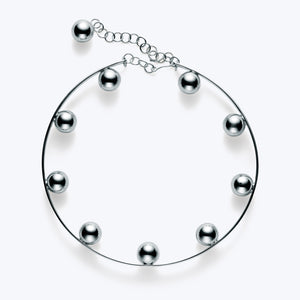 Pearls in Circle Necklace