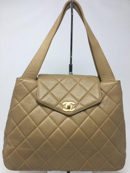CHANEL HANDLE BAG