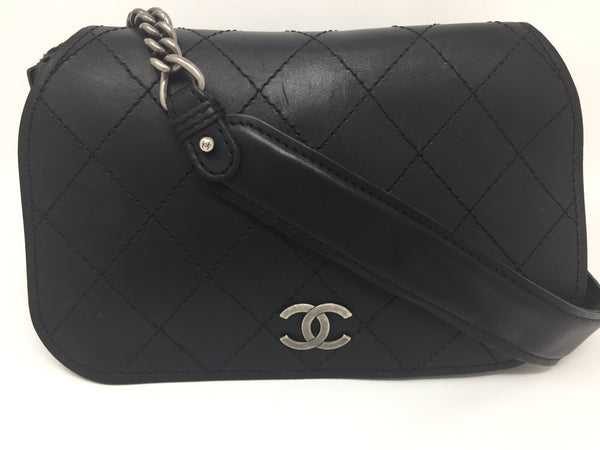 CHANEL EDINBURGH MESSENGER