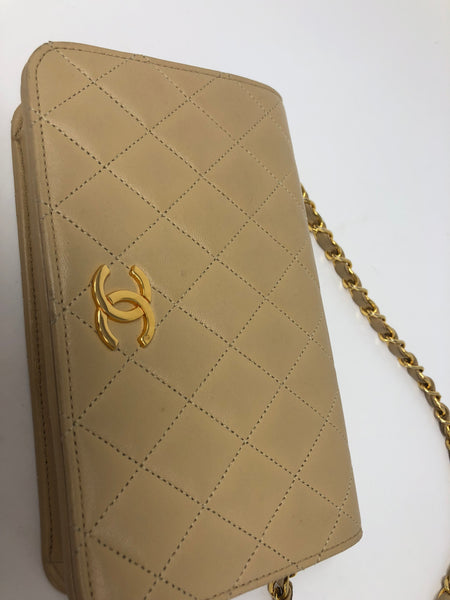 Chanel Vintage Lambskin Crossbody