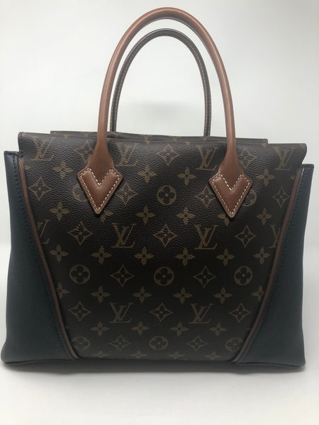 Louis Vuitton W MM Tote
