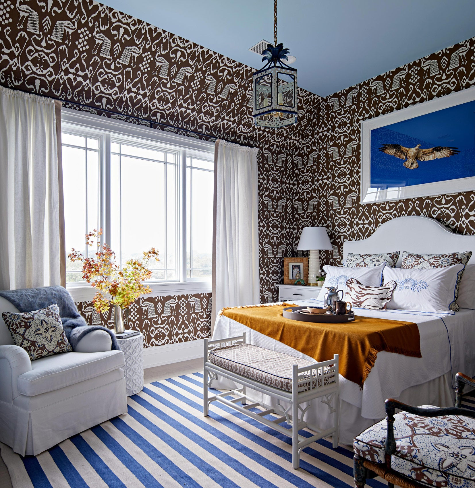 Leta Austin Foster's bedroom in the Traditional Home Hampton's Showhouse
