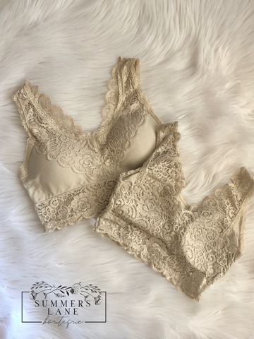 Beautiful Lace Bralette (Taupe)