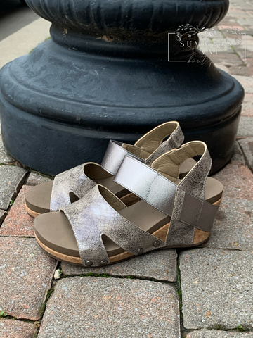 Fig Taupe Wedge