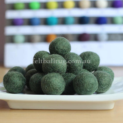 Felt Ball Field Green 1 CM,  2 CM, 2.5 CM, 3 CM, 4 CM Colour 19 - Felt Ball Rug Australia - 1