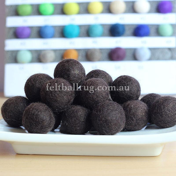 Felt Ball Dark Chocolate 1 CM,  2 CM, 2.5 CM, 3 CM, 4 CM Colour 27 - Felt Ball Rug Australia - 1