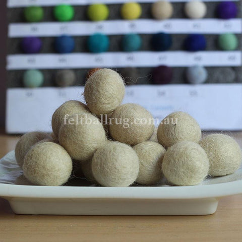 Felt Ball Cream 1 CM,  2 CM, 2.5 CM, 3 CM, 4 CM Colour 40 - Felt Ball Rug Australia - 1