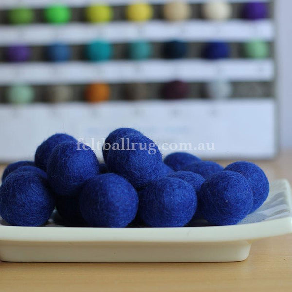 Felt Ball Royal Blue 1 CM,  2 CM, 2.5 CM, 3 CM, 4 CM Colour 48 - Felt Ball Rug Australia - 1