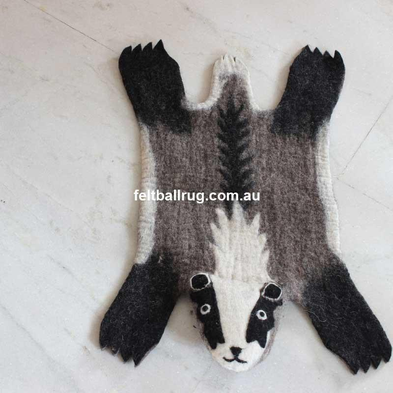 Animal Felt Rug Bob The Badger - Felt Ball Rug Australia - 2