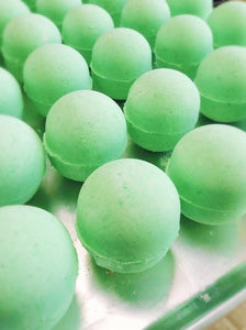 alchemy toy bath bomb set of 4- mint chocolate