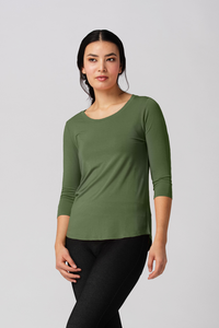 The Ava 3/4 Sleeve is a basic that makes you look and feel great. Made from silky soft Bamboo, featuring a flattering scoop neck line and curved hem line for more coverage in the back. The Ava 3/4 Sleeve top is both feminine and flattering and comes in a great selection of colours for any season. Willow Green Fabrication: 95% Viscose from Bamboo, 5% Spandex $55.00
