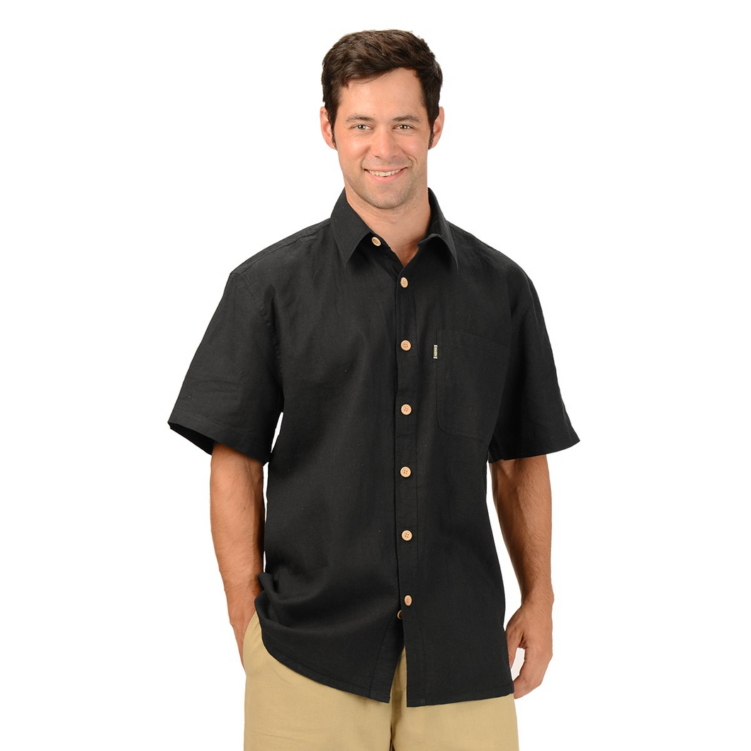 The Will Short Sleeve Button Up Hemp Shirt is a must have for your every day wardrobe, with wood buttons and a single pocket on the right. A great selection of colours, you will want more then one. Fabrication: 55% Hemp, 45% Organic Cotton Eco-Essentials Colour Black