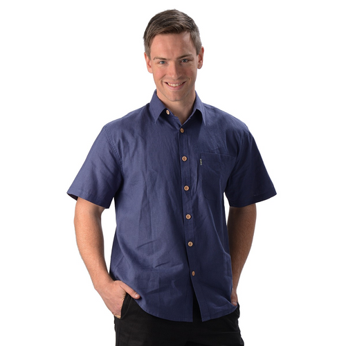 The Will Short Sleeve Button Up Hemp Shirt is a must have for your every day wardrobe, with wood buttons and a single pocket on the right. A great selection of colours, you will want more then one. Fabrication: 55% Hemp, 45% Organic Cotton Eco-Essentials Colour Blue $70.00