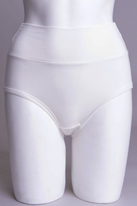 La Gaunche is shaped to be lightly horizontal, tucking snugly under the buttocks. Out of sight, out of mind.    Fabrication: BAMBOO - 95% Bamboo 5% Lycra   Fabrication - BAMBOO MODAL -50% Bamboo 42% Modal 8% Lycra  BLUE SKY $15.00 colour white