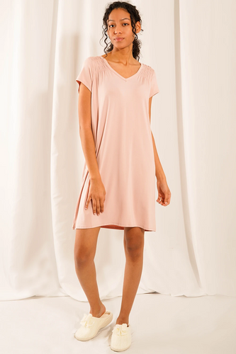 The Rosa Sleep Dress features lovely and stylish details with unbeatable bamboo softness. Features a beautiful smocking details at the front, v-neckline and an inverted box pleat detail at the back. Fabrication: 95% Viscose from bamboo, 5% Spandex  LNBF Colour English rose
