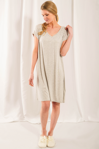 The Rosa Sleep Dress features lovely and stylish details with unbeatable bamboo softness. Features a beautiful smocking details at the front, v-neckline and an inverted box pleat detail at the back. Fabrication: 95% Viscose from bamboo, 5% Spandex  LNBF Colour grey melange