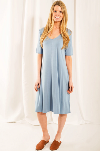 The universally flattering Jill 3/4 sleeve Dress with pockets is sustainably made. Your skin will fall in love with the breathable and soft fabric. A curved neckline and A-line silhouette allows for maximum comfort and movement. Our favourite feature: pockets!  Fabrication: 95% Viscose from bamboo, 5% Spandex  LNBF Colour Dusk Blue $95.00