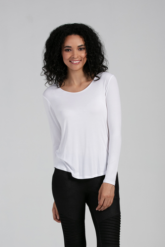 The Gwen Scoop Neck Long Sleeve Top is sure to be a favorite, with its scoop V-neckline and high low hem, that is beautiful for all body shapes. Soft and flattering it is great for layering or wearing on its own and come is an variety of vibrant colours. Fabrication: 95% Viscose from Bamboo, 5% Spandex LNBF Colour White