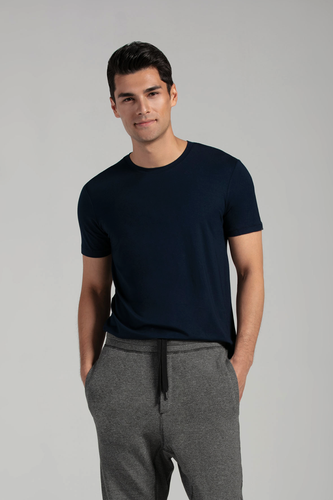 A man's wardrobe staple. Sits gently on the body with great stretch, fitted nicely and not too tight. Outstanding comfort, boost your basic outfit with this go-to basic tee. Fabrication: 95% Viscose from Bamboo 5% Spandex LNBF Colour Ink Blue $45.00