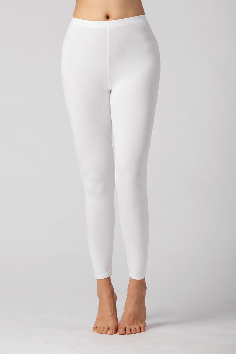 Suri Bamboo Leggings are comfortable, flexible and breathable. Made with oh-so-soft Viscose from Bamboo, this is a great gift for yourself, family or friends. Lightweight yet opaque, they are great to pair with a tunic, tank, t-shirt or blouse. You will Love your Suri Bamboo Leggings. Colour White 94% Viscose from Bamboo, 6% Spandex